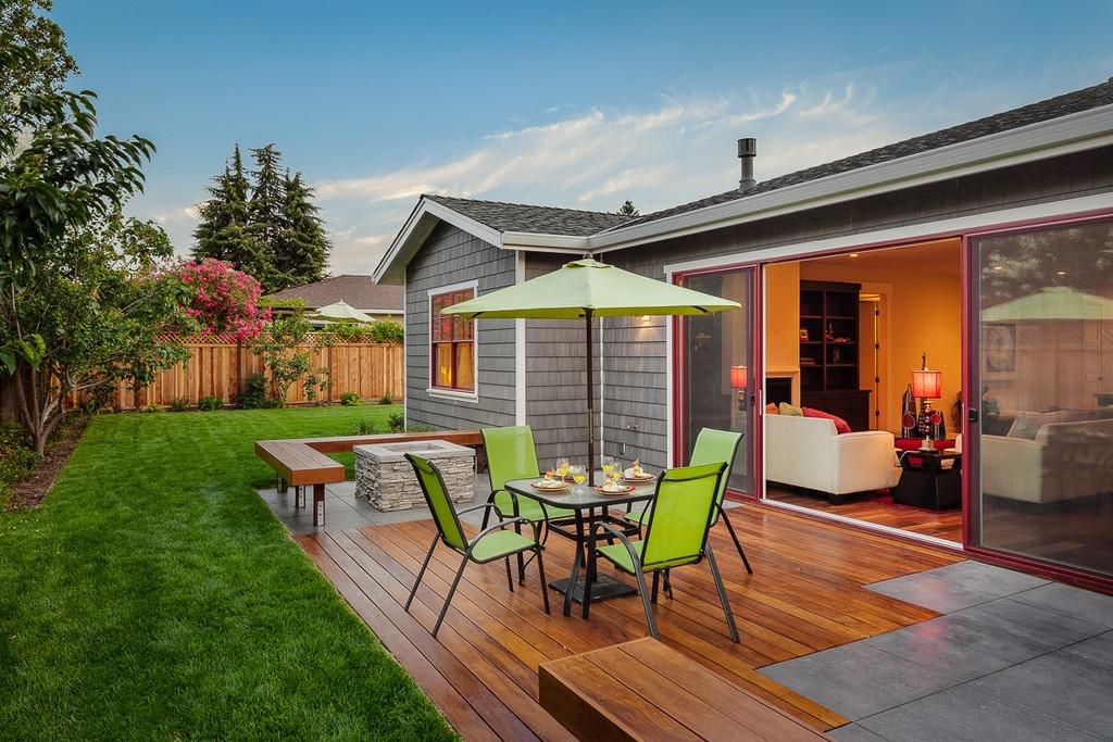 Backyard Deck Plans  24 Modern Deck Ideas Outdoor Designs