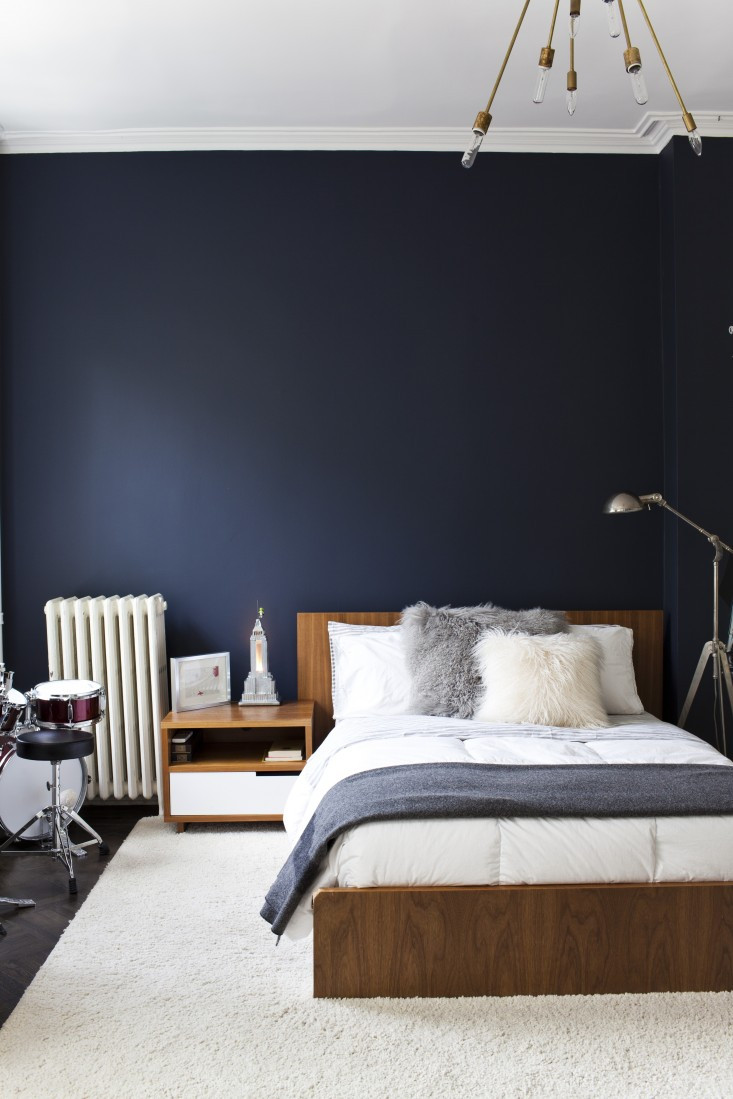Bedroom With Blue Walls  Essential Colour Navy Blue Decorating Tips and Tricks
