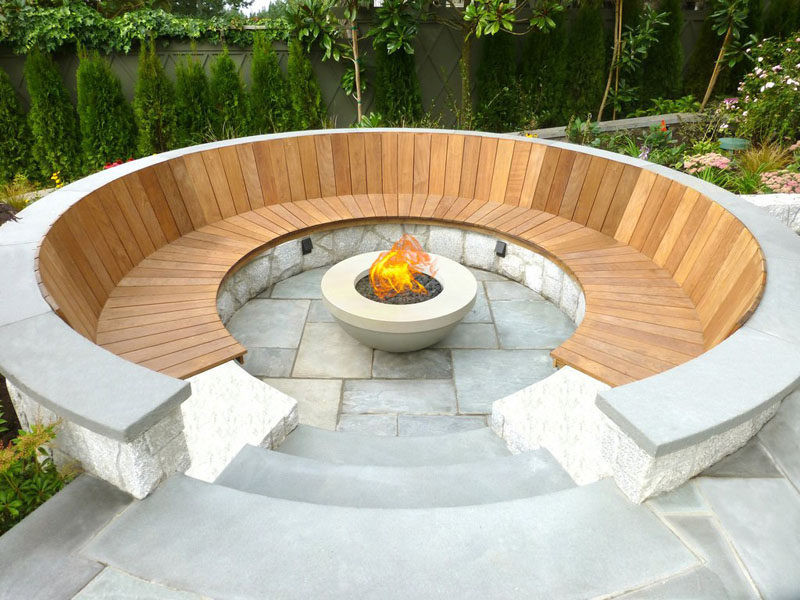 Built In Firepit  15 Outdoor Conversation Pits Built For Entertaining