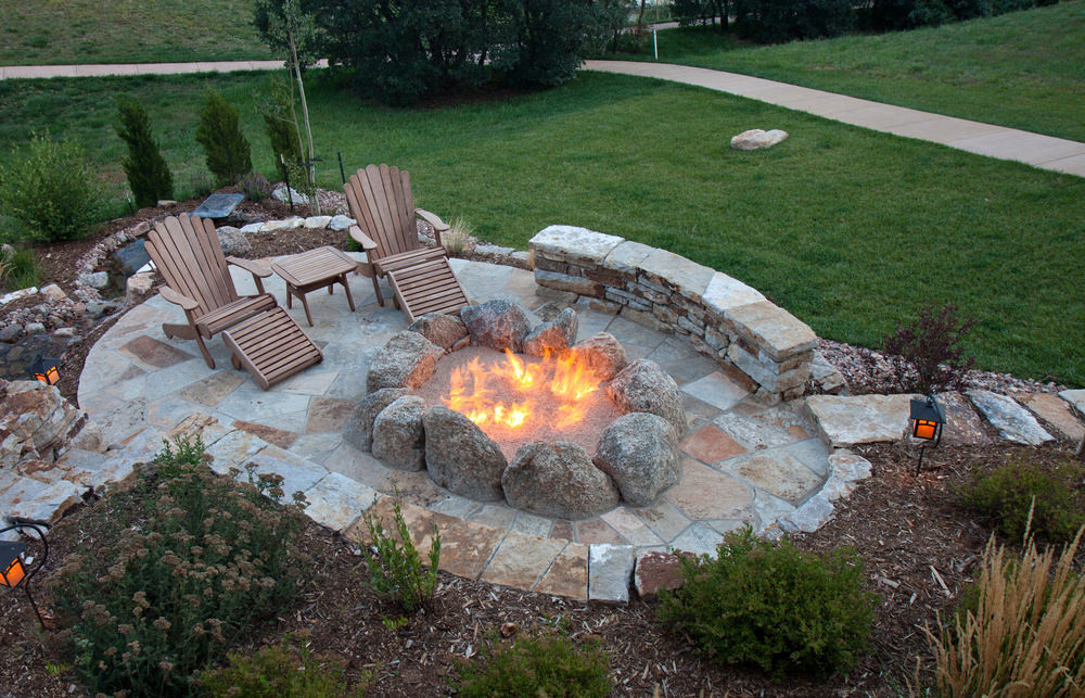 Built In Firepit  Outdoor Fireplaces and Fire Pits Buying GuideLearning Center
