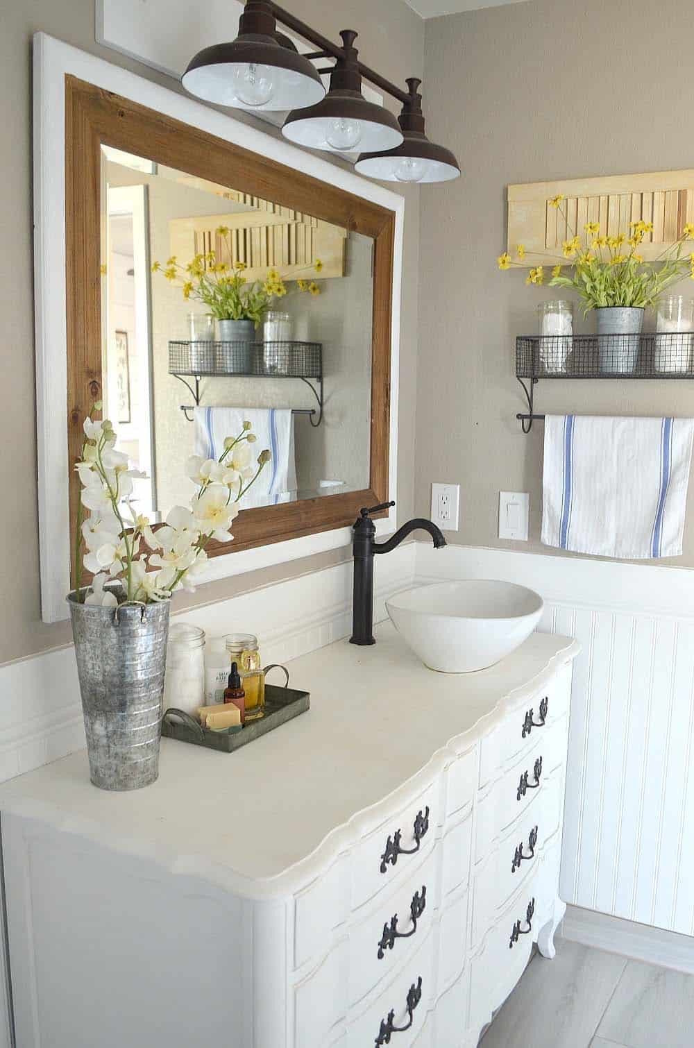 Farmhouse Bathroom Mirrors  21 Gorgeous farmhouse style bathrooms you will love