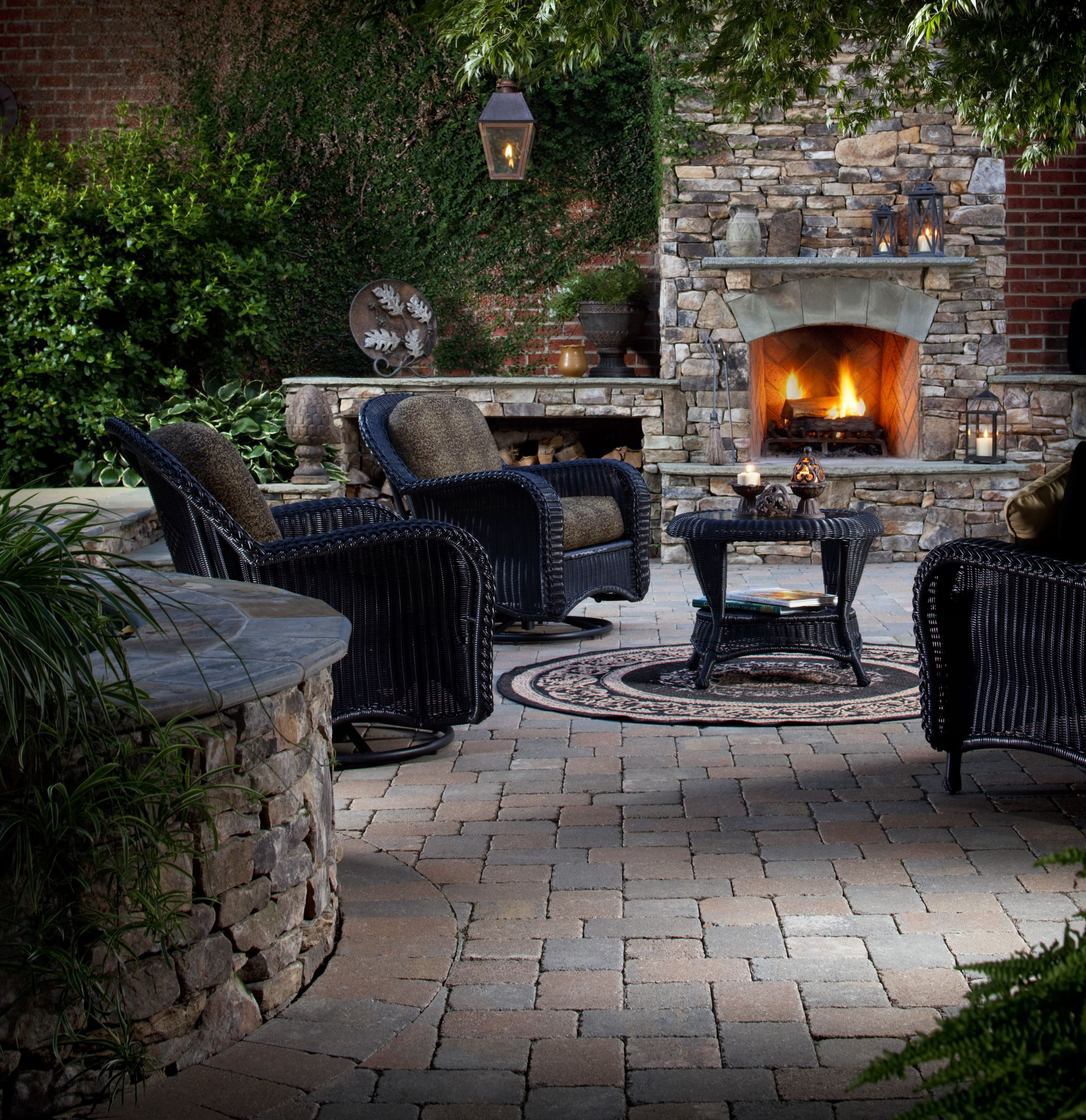 Fireplace Fire Pit  Year round Ideas for Outdoor Fireplaces and Fire Pits