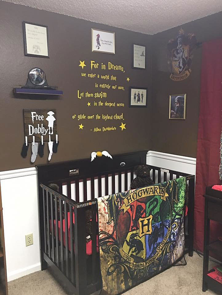 Harry Potter Baby Room Decor  Parents Create 'Harry Potter' Nursery For Their Muggle
