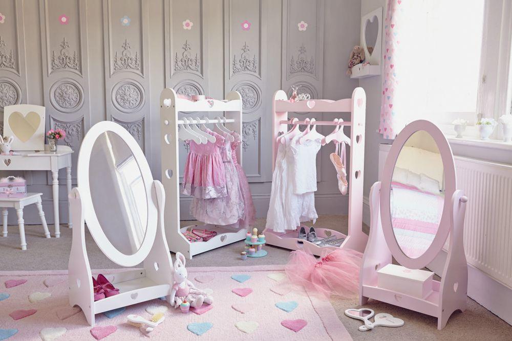 Kids Dressing Room  Sweetheart Mirror