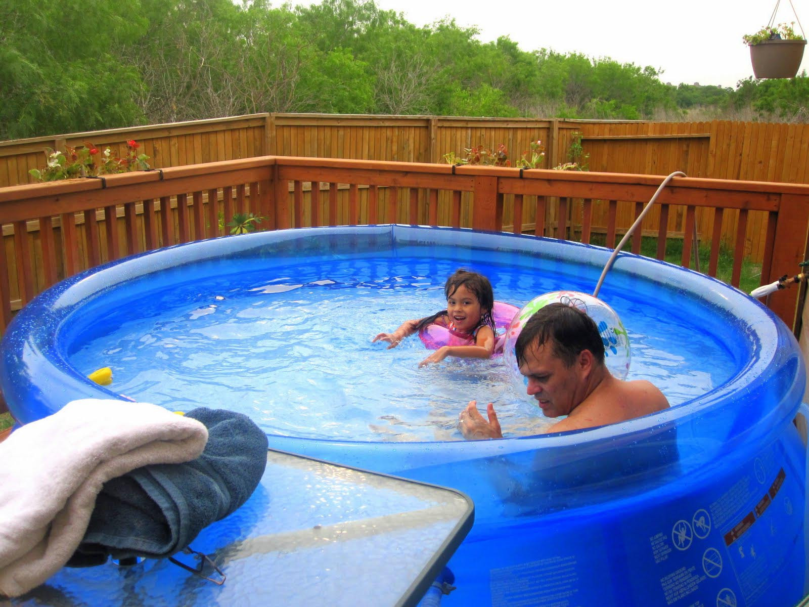 Kids Outdoor Swimming Pool  Portable Swimming Pools to Save You During Hot Summer Days