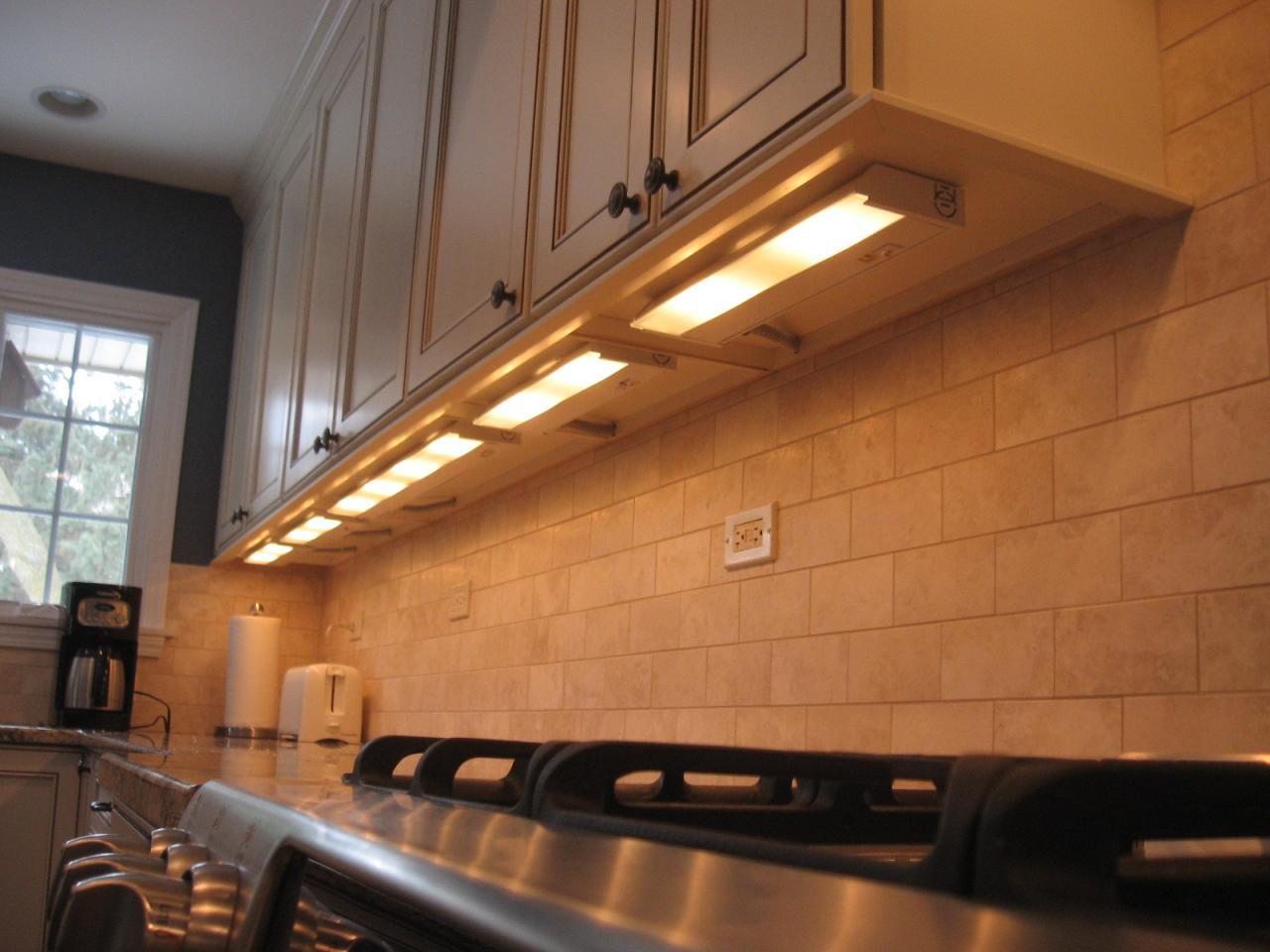 Kitchen Led Lights Under Cabinet  lighting tip