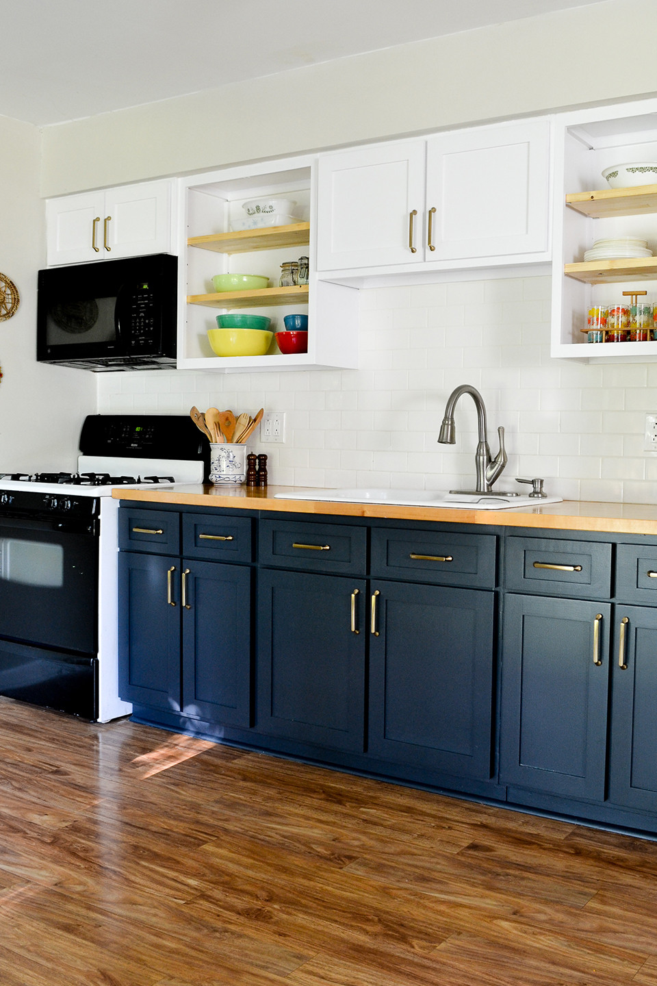 Kitchen Remodeling Budgets  Kitchen Remodel on a Bud 5 Low Cost Ideas to Help You