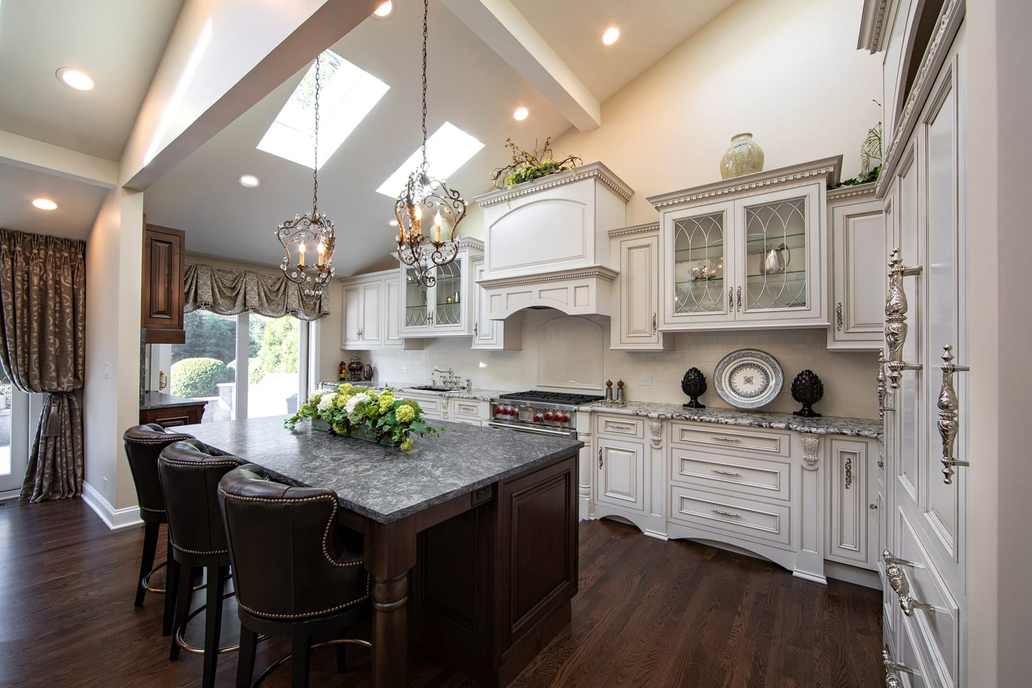 Kitchen Remodeling Ideas Pictures  Traditional Kitchen Remodeling and Design Ideas Linly