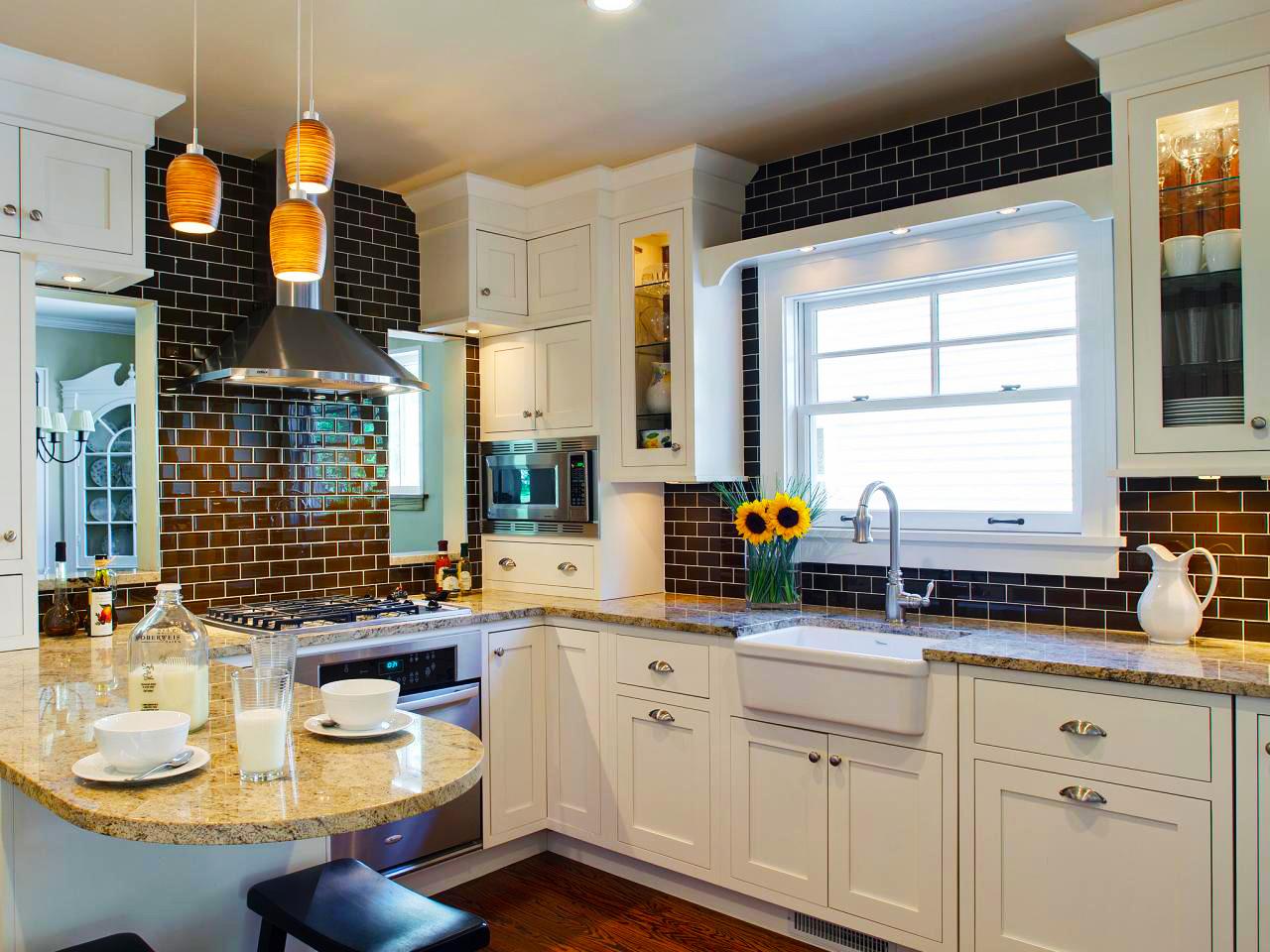 Kitchen Subway Tile Backsplash Designs  Cost to Remodel Kitchen Backsplash Designs