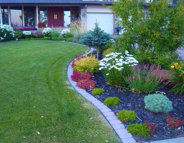 Landscape Edging Ideas  37 Creative Lawn and Garden Edging Ideas with