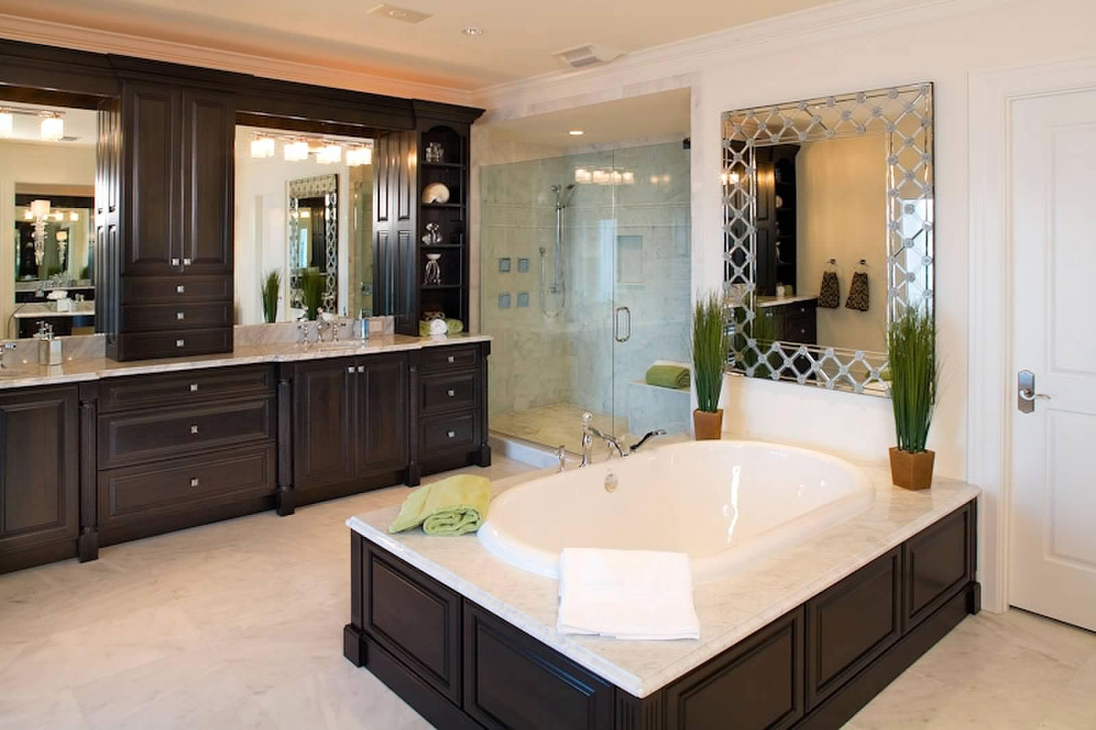 Modern Master Bathroom  20 High End Luxurious Modern Master Bathrooms