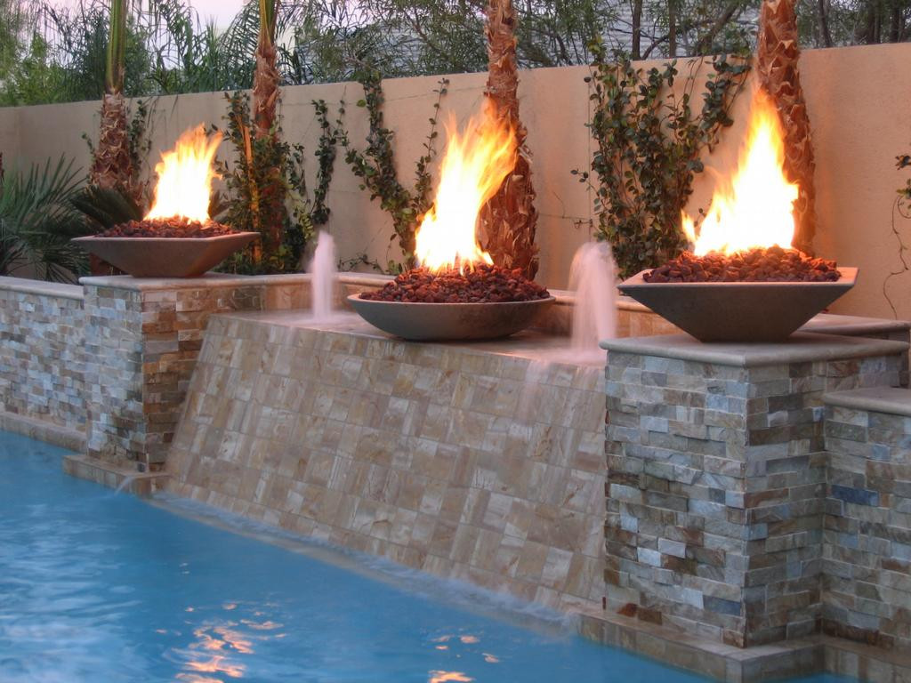 Outdoor Gas Fire Pits  Advantages and Disadvantages of Employing a Gas Fire Pit
