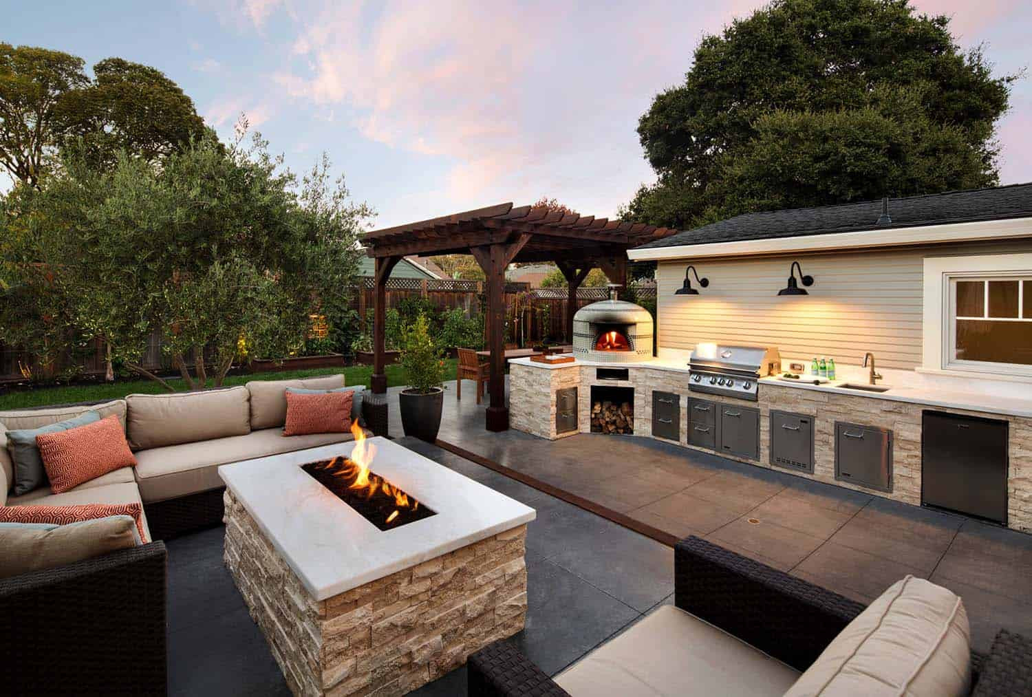 Outdoor Living Space Ideas  33 Fabulous Ideas For Creating Beautiful Outdoor Living Spaces