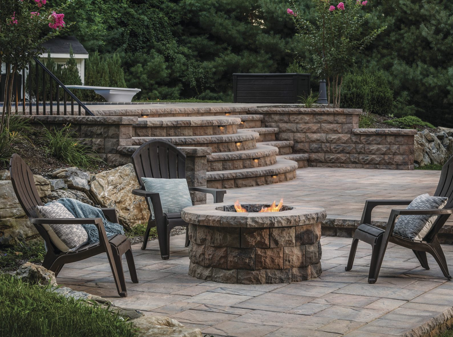 Patio With Fire Pit Ideas  Turn Up the Heat with These Cozy Fire Pit Patio Design