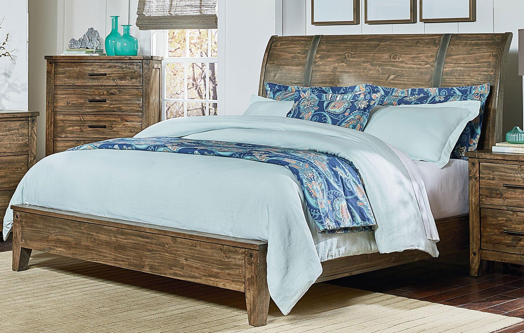 Rustic Bedroom Set King  Rustic Casual Pine 6 Piece King Bedroom Set Nelson