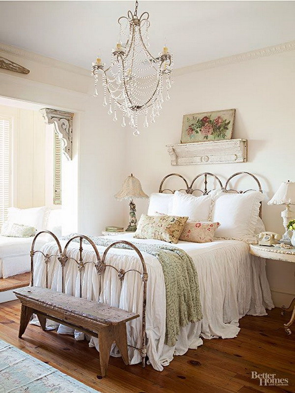 Shabby Chic Bedroom Chair  30 Cool Shabby Chic Bedroom Decorating Ideas For