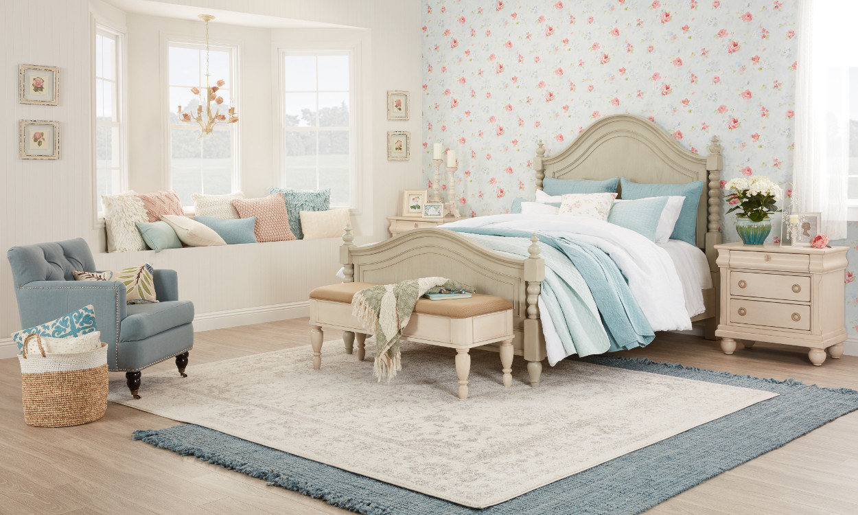 Shabby Chic Bedroom Chair  Beautiful Shabby Chic Furniture & Decor Ideas Overstock