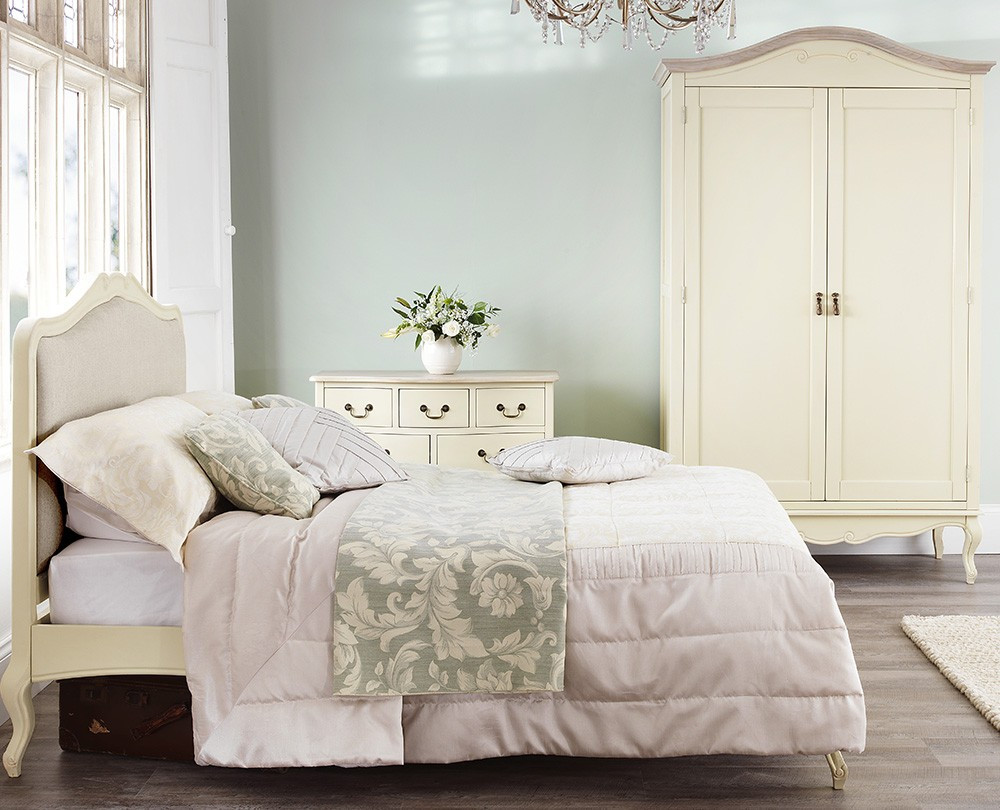 Shabby Chic Bedroom Chair  Shabby Chic Champagne Upholstered 6FT Super King Bed