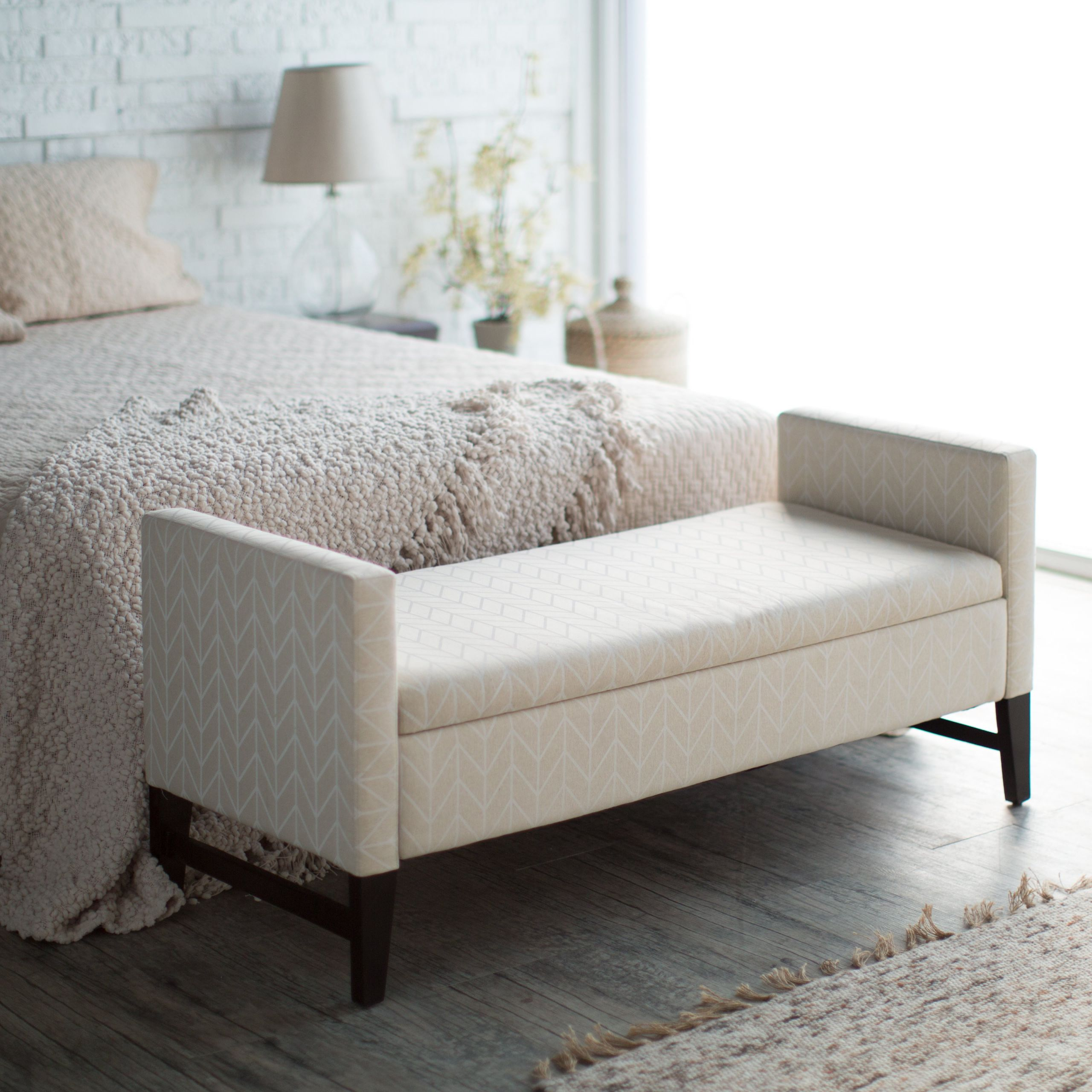 White Bedroom Storage Bench Elegant Upholstered Bench with Storage – Homesfeed