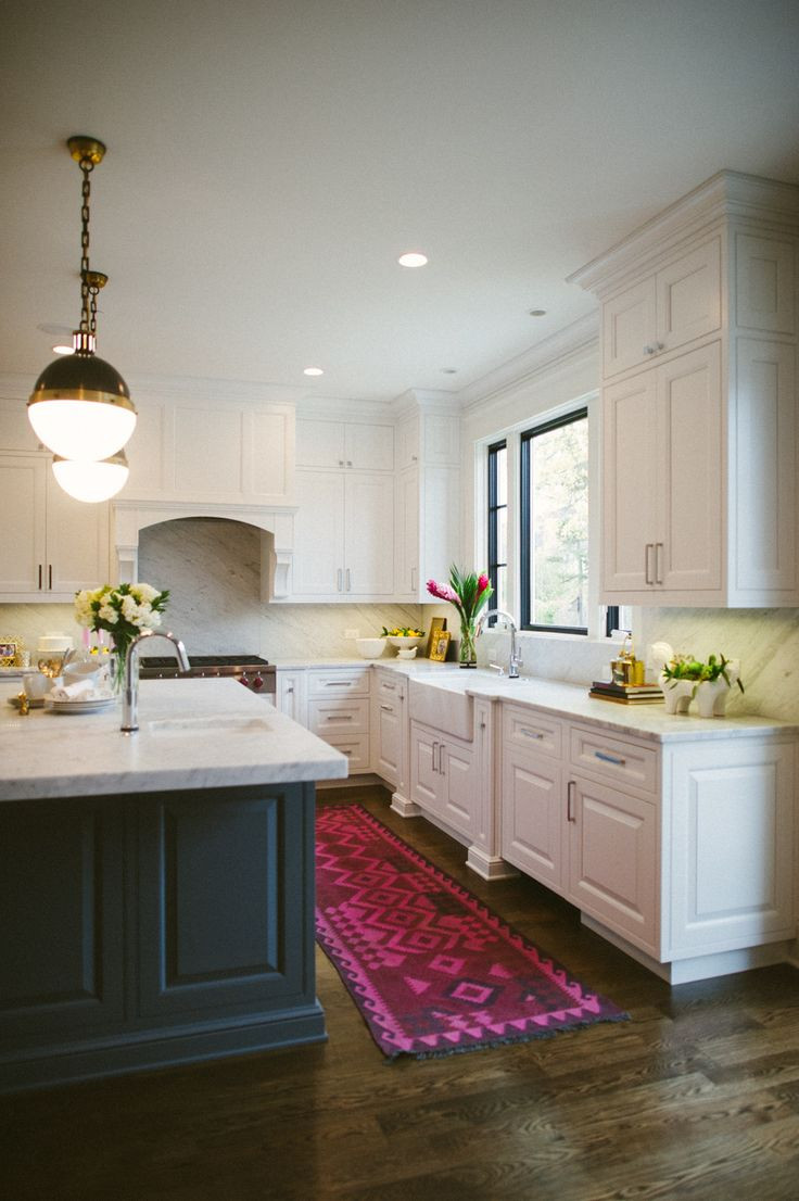 White Kitchen Rugs  The best colorful kitchen rugs and runners