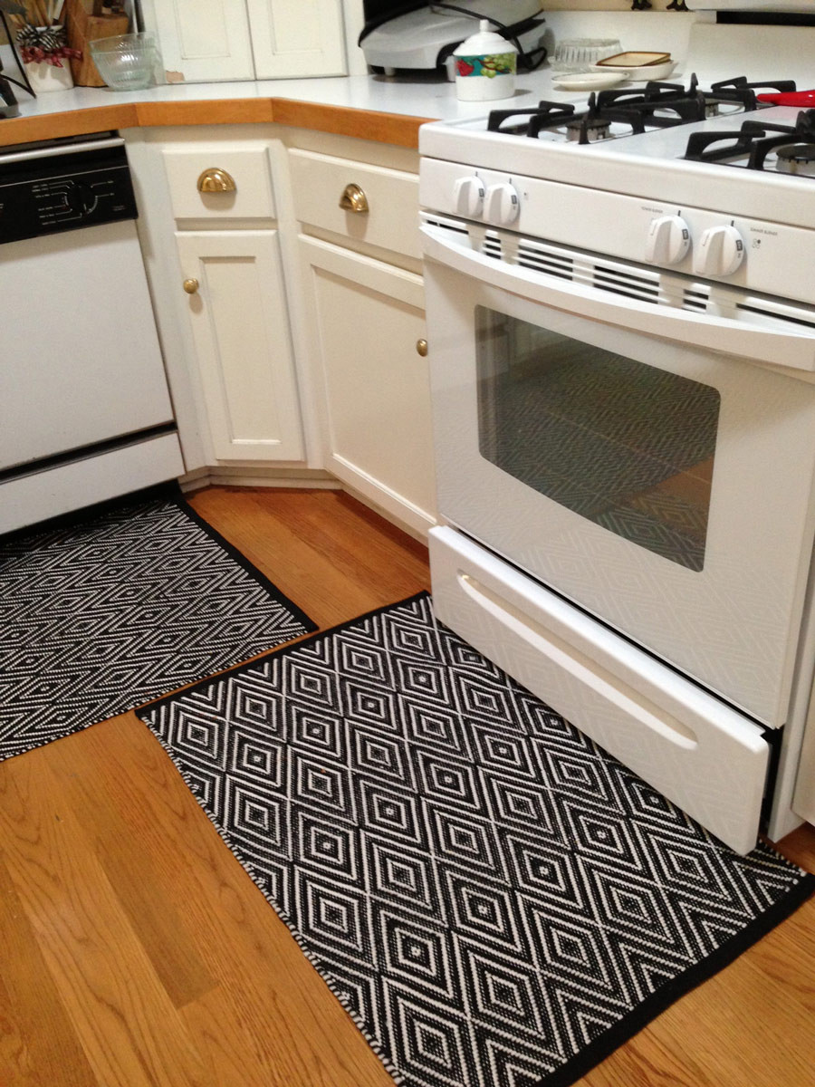 White Kitchen Rugs  Indoor Outdoor Rugs Chameleon Style