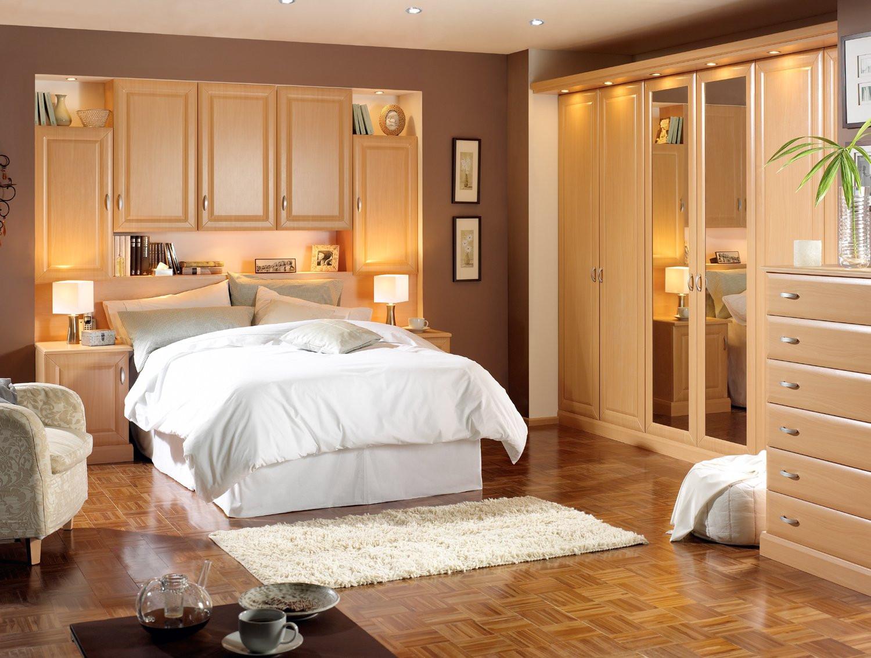 Romantic Bedroom Decor Ideas  Romantic Bedroom Decorating